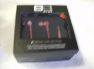BassBuds Classic Collection Swarovski Crystal Elements In-Ear Headphones pink.